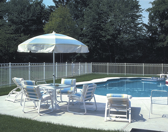 ovation aluminum fence for around pools
