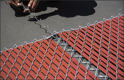 connect chain link fence