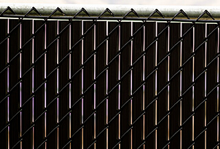 top view of noodlelink plus chain link fence slats